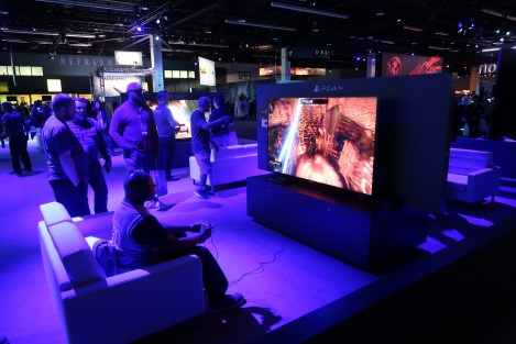 This has nothing to do with Sniper Ghost Warrior 3, but as you'd expect there were lots of booths with couches.